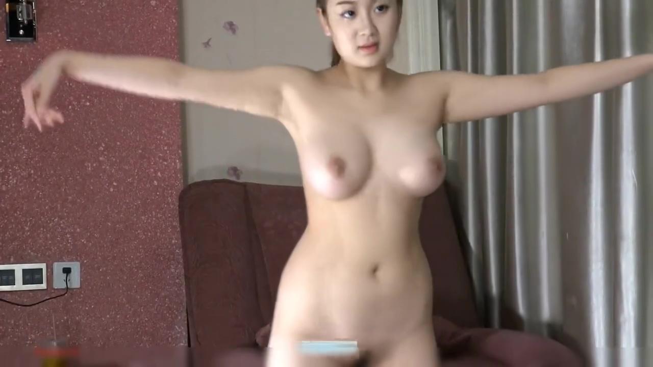 Chinese Girls Posing in Studio