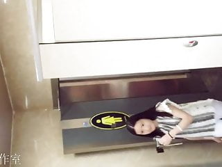Chinese Toilet Spy Cam 6