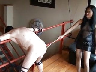 chinese mistress spank her slave